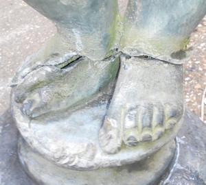 lead statue repair 2